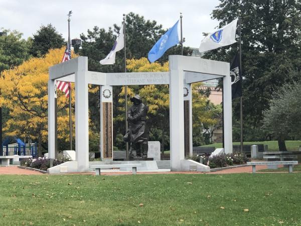 Korean war memorial charlestown navyyard for sale condo